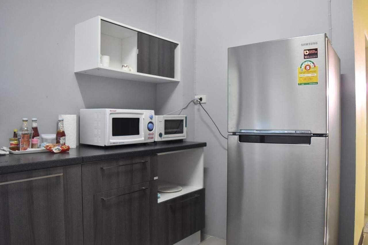 Hide kitchen